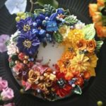 Gorgeous cakes decorated with lifelike buttercream flowers by Atelier Soo