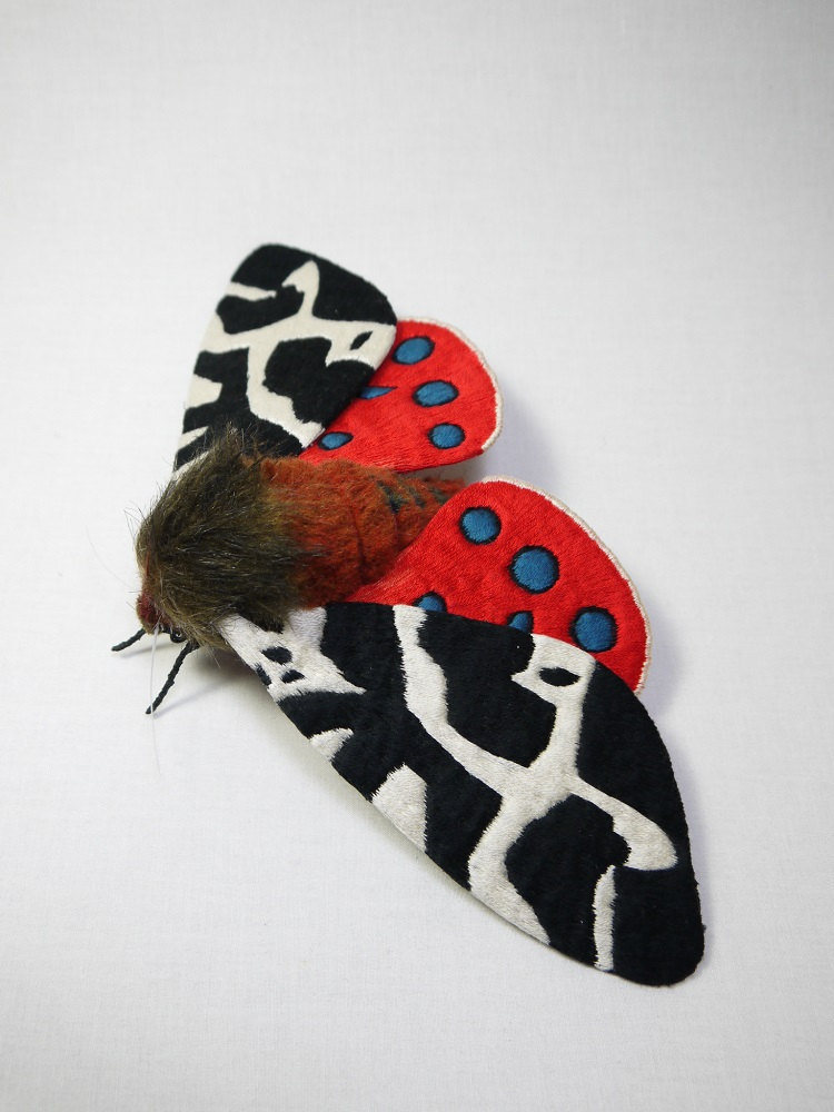 Textile Sculptures Of Moths Butterflies And Other Insects Made With Fabric And Embroidery By Yumi Okita 39