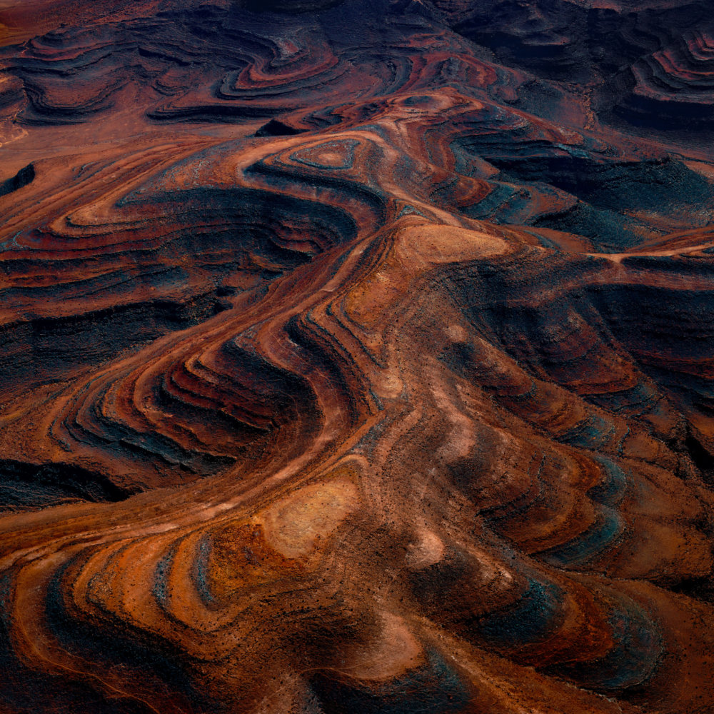 Mesmerizing Aerial Photographs Of Namibias Desert By Leah Kennedy 7