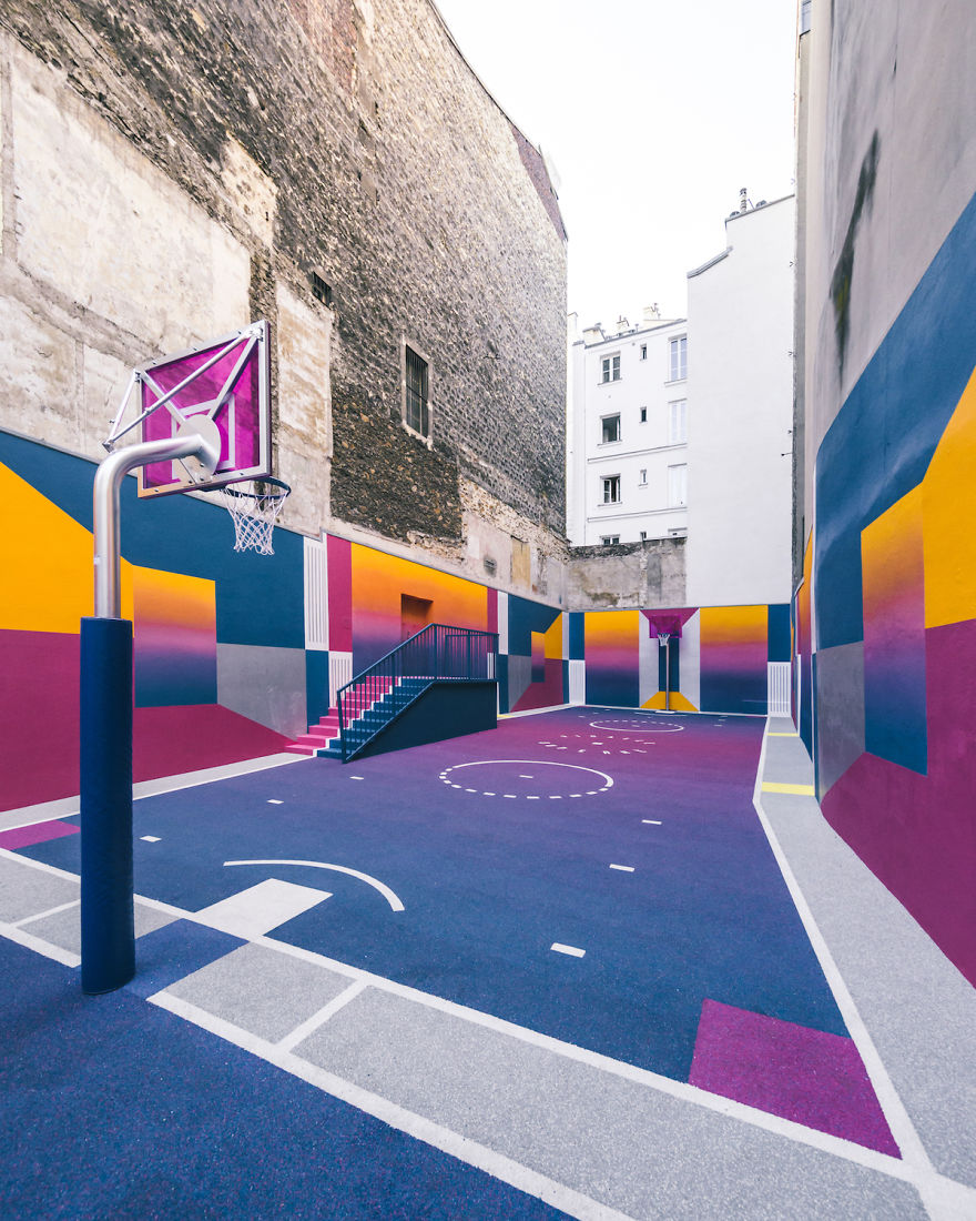 Parisian Basketball Court Amazingly Decorated With The 80s Colorful Aesthetic By Ill Studio Pigalle And Nike 2