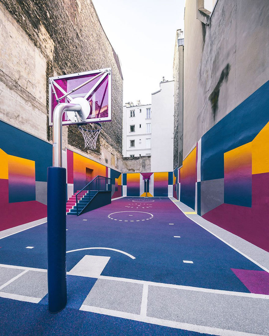 Parisian Basketball Court Amazingly Decorated With The 80s Colorful Aesthetic By Ill Studio Pigalle And Nike 6