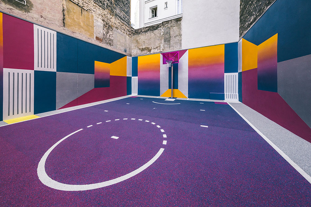 Parisian Basketball Court Amazingly Decorated With The 80s Colorful Aesthetic By Ill Studio Pigalle And Nike 8