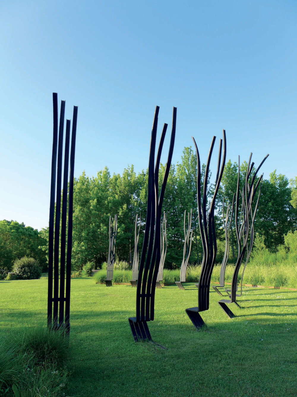Sculptural Twisted Spaghetti Like Benches By Pablo Reinoso 8