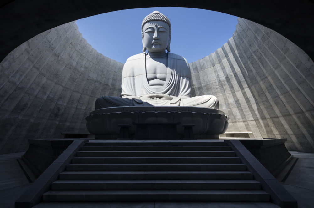 Extraordinary Underground Temple With A Giant Statue Of Buddha Inside By Tadao Ando 4