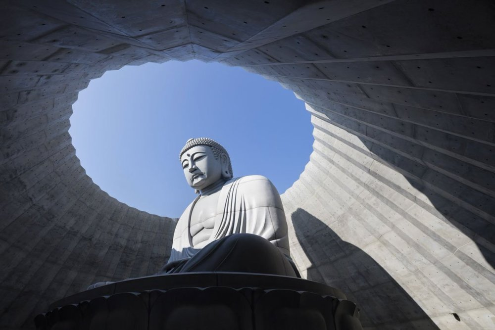 Extraordinary Underground Temple With A Giant Statue Of Buddha Inside By Tadao Ando 5