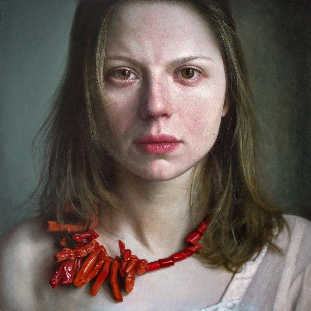 Introspective And Emotional Photo Realism Portraits By Viktoria Savenkova 4