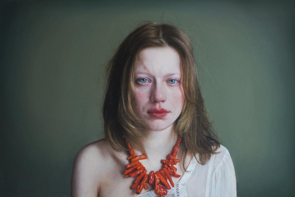 Introspective And Emotional Photo Realism Portraits By Viktoria Savenkova 5