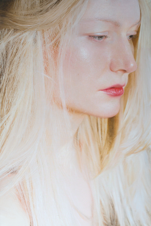 Introspective And Emotional Photo Realism Portraits By Viktoria Savenkova 9
