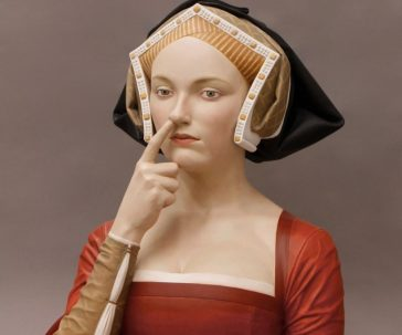 Renaissance people in the present days: funny anachronic sculptures by Gerard Mas