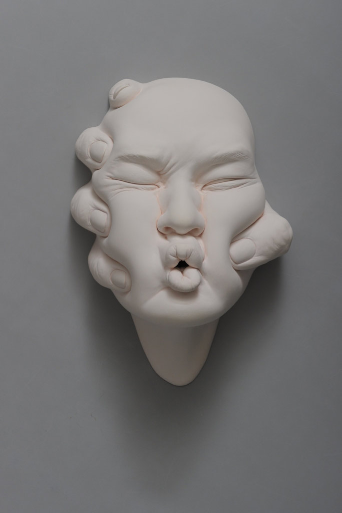 The Amazingly Surreal Ceramic Sculptures Of Johnson Tsang 7