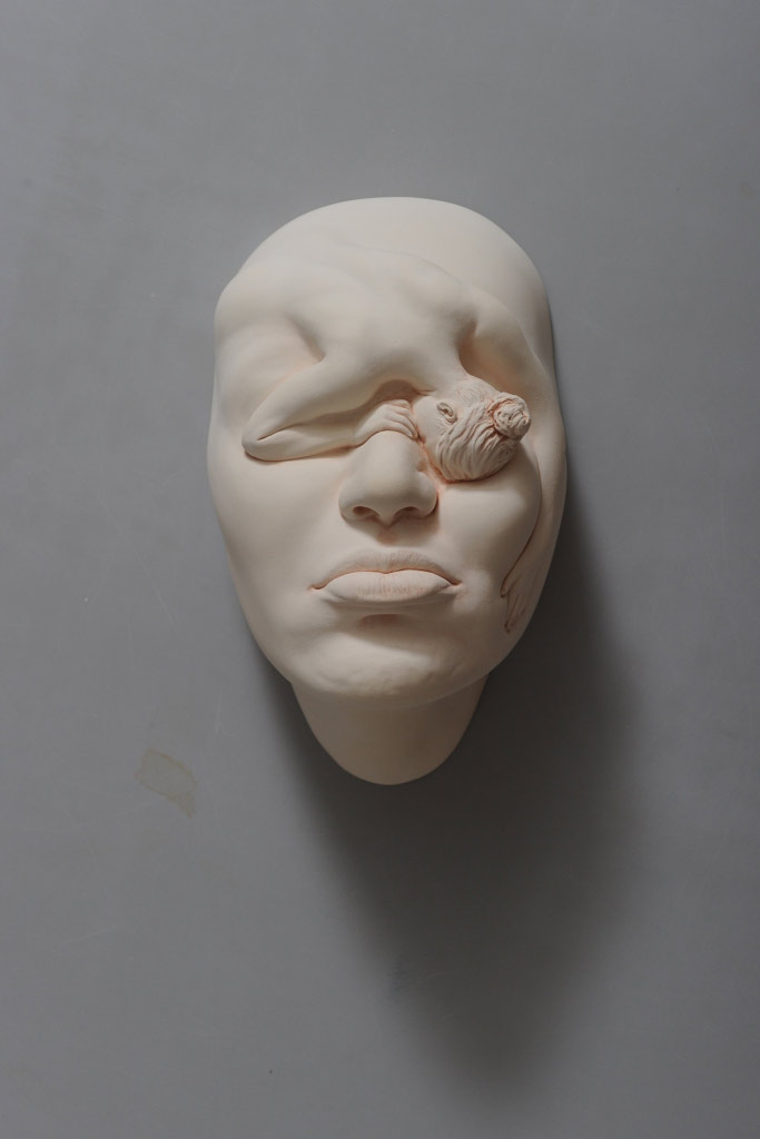 The Amazingly Surreal Ceramic Sculptures Of Johnson Tsang 8
