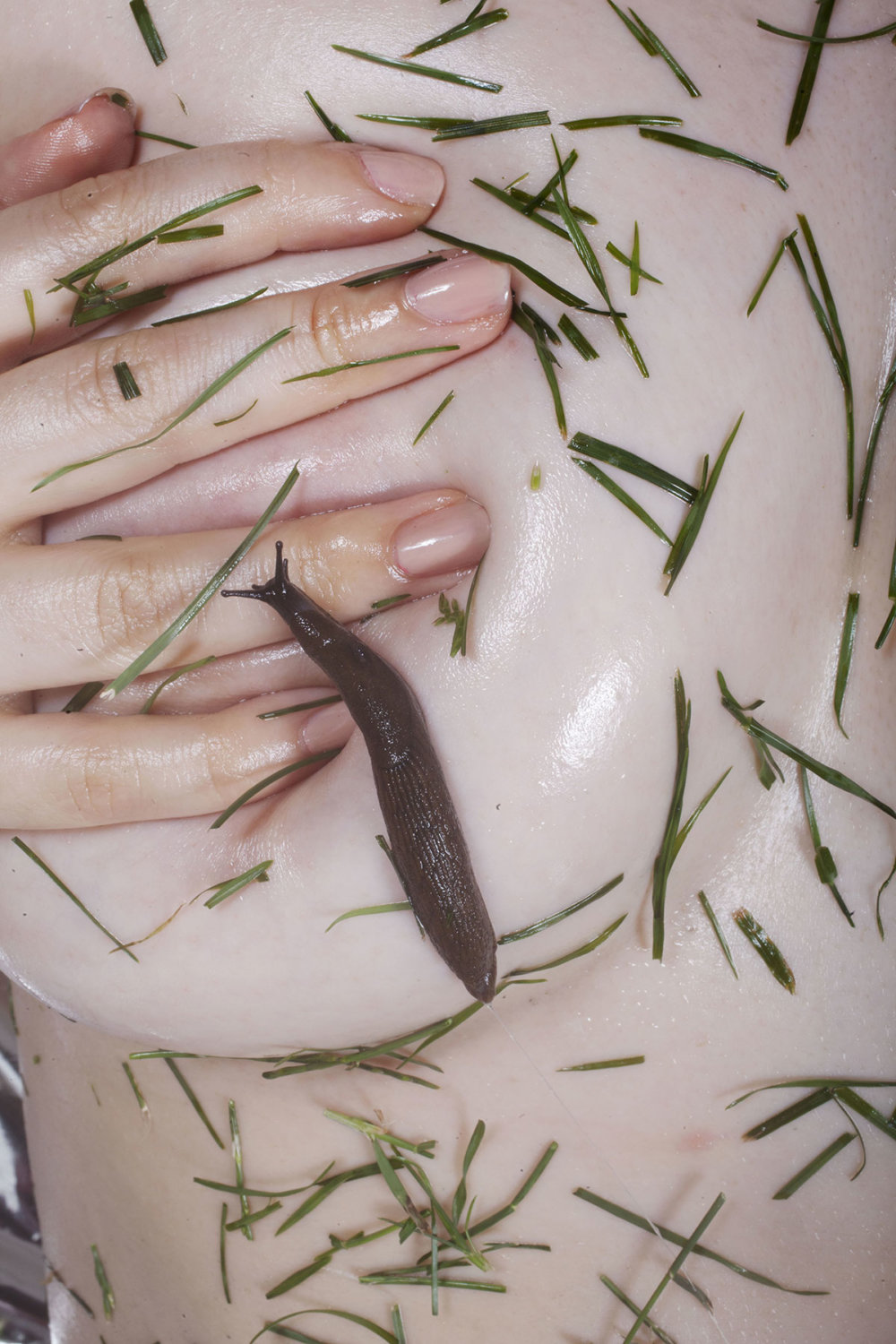 The Visceral Photography Of Maisie Cousins 3