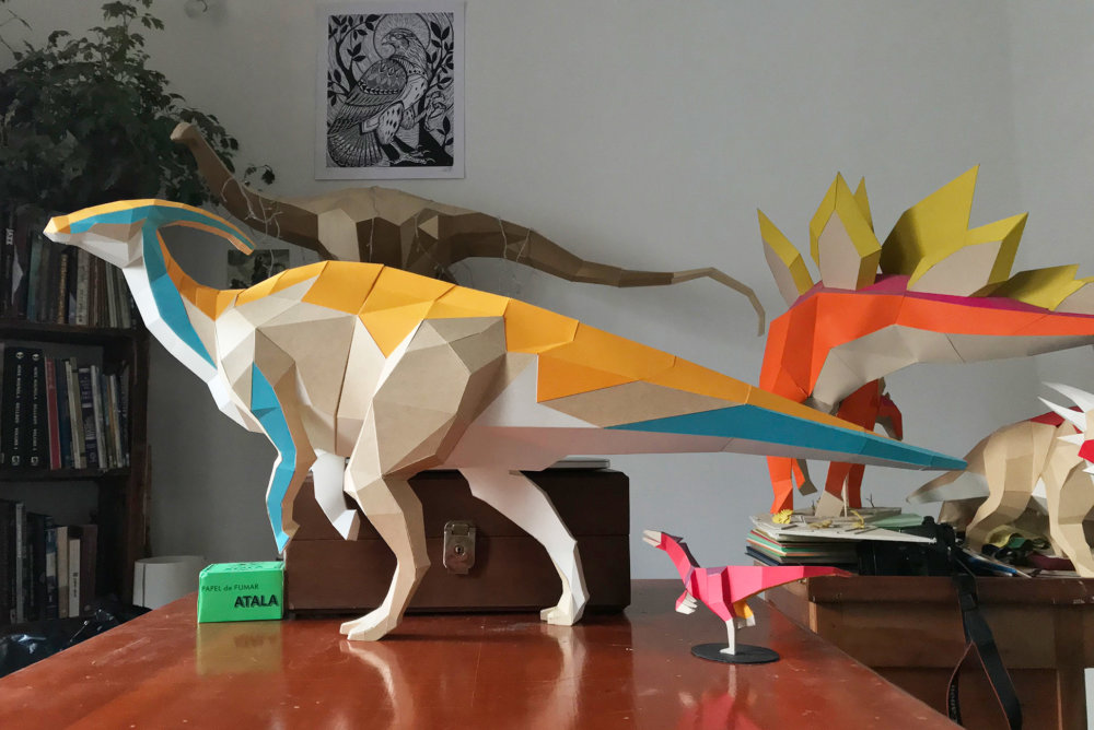 Khartosauria Colorful And Accurate 3d Dinosaur Paper Sculptures By Seba Naranjo 4