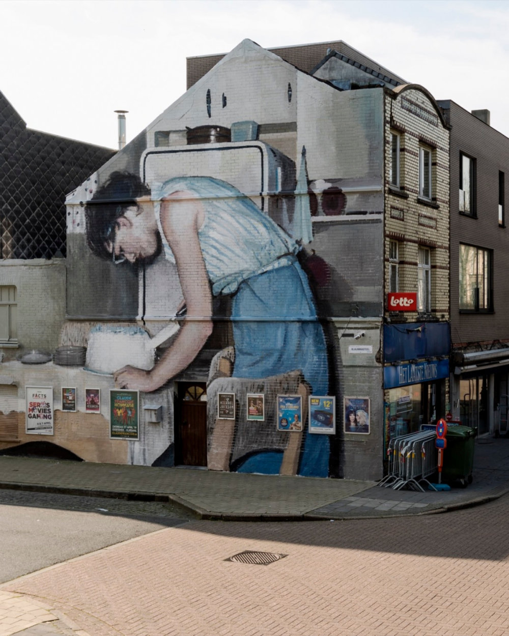 Large Scale Murals Of Family Photographs By Mohamed Lghacham 1