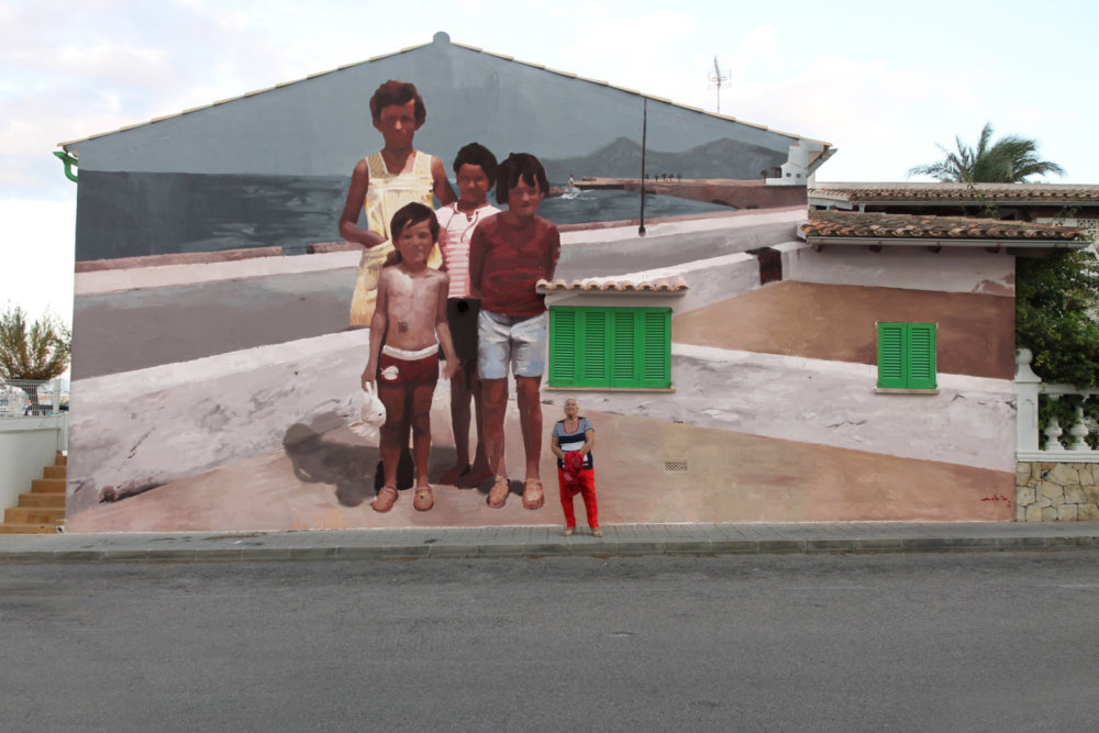 Large Scale Murals Of Family Photographs By Mohamed Lghacham 8