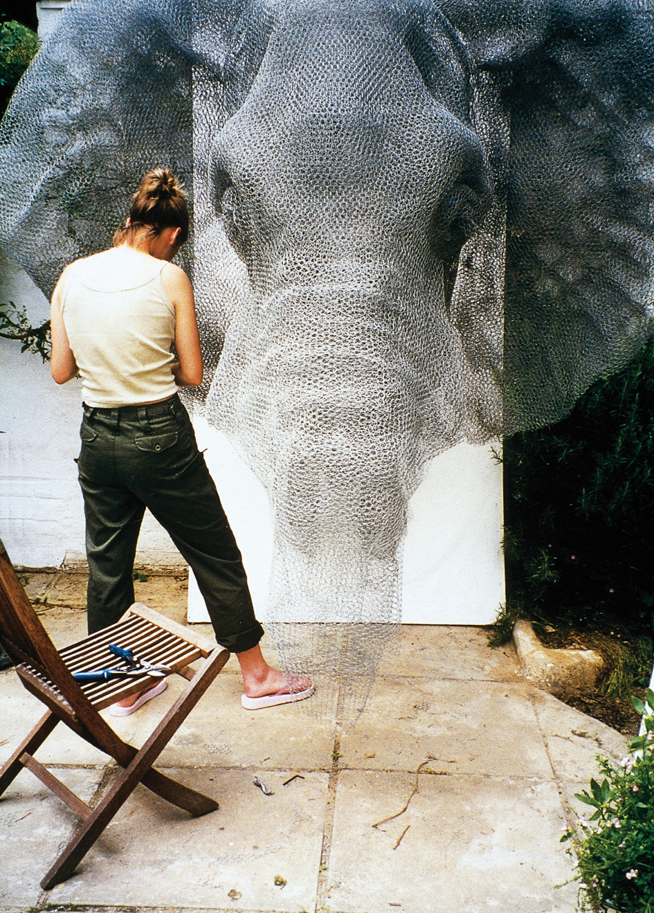 Animal Galvanized Wire Mesh Sculptures By Kendra Haste 1