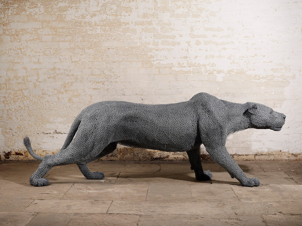 Animal Galvanized Wire Mesh Sculptures By Kendra Haste 5