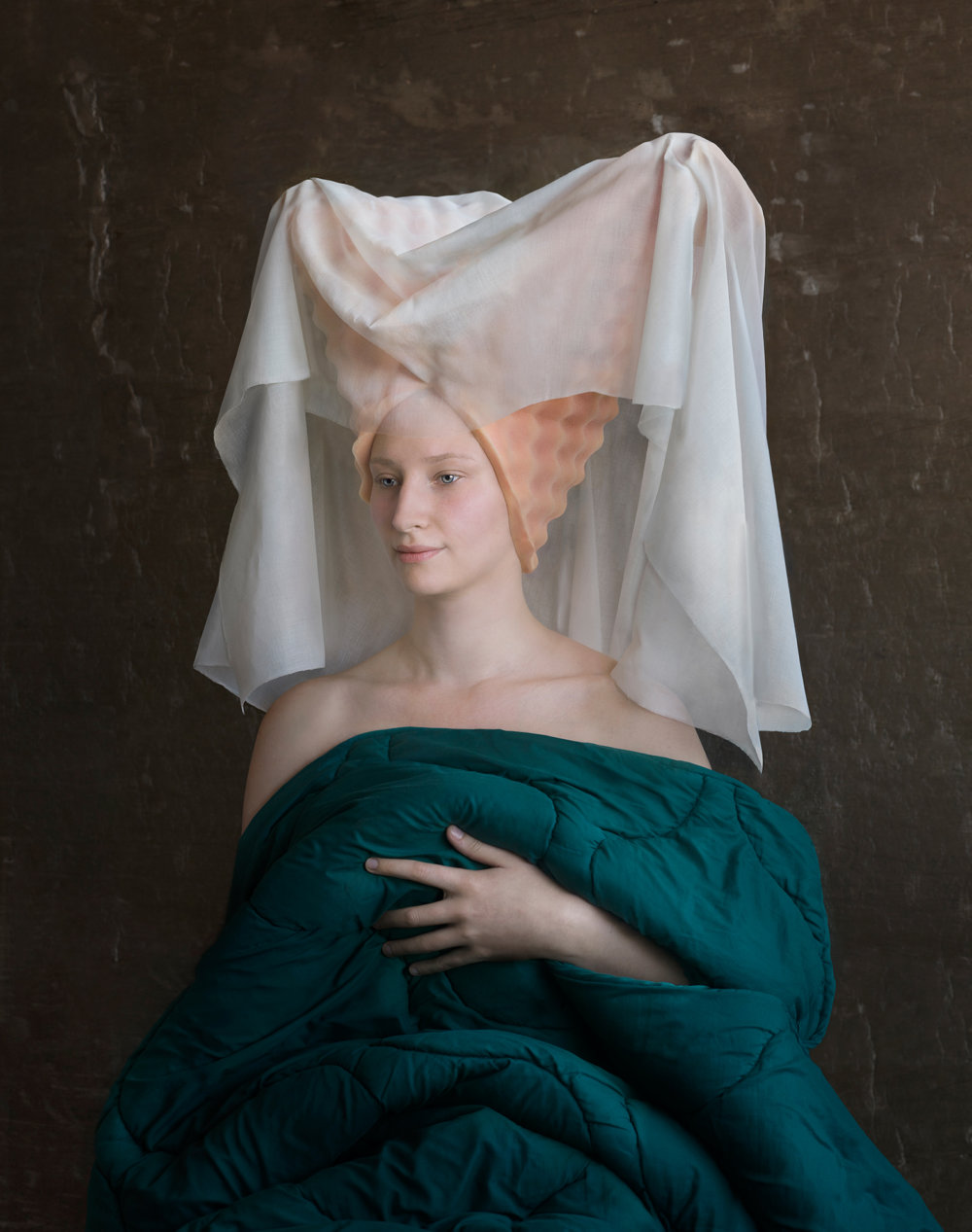 Discarded Packaging Recycled Into Renaissance Costumes By Suzanne Jongmans 10