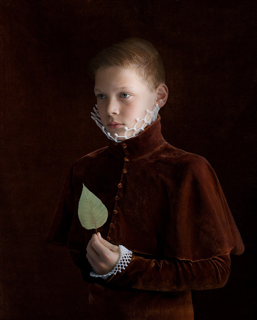 Discarded Packaging Recycled Into Renaissance Costumes By Suzanne Jongmans 3