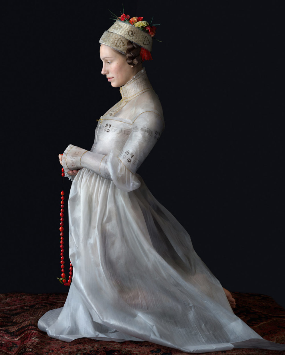 Discarded Packaging Recycled Into Renaissance Costumes By Suzanne Jongmans 6