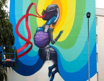 Giant and colorful murals by Seth Globepainter