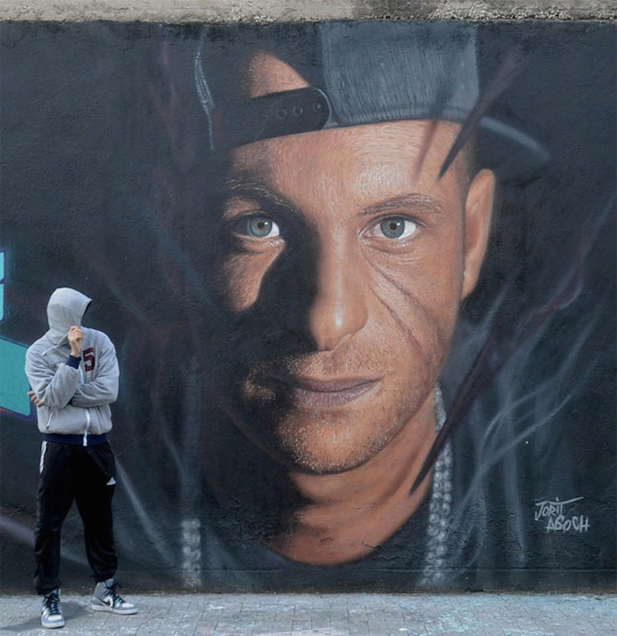 Large Scale Hyper Realistic Portrait Murals By Jorit Agoch 9