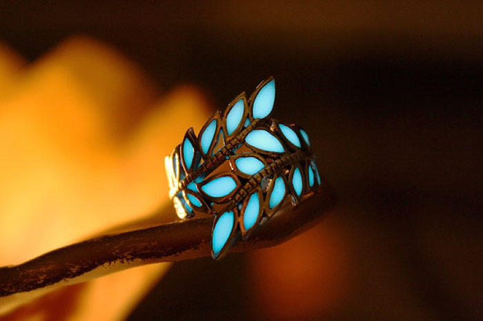 Magical Glow In The Dark Jewelry By Manon Richard 5