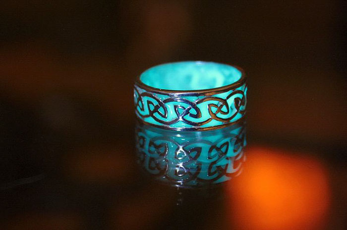 Magical Glow In The Dark Jewelry By Manon Richard 7
