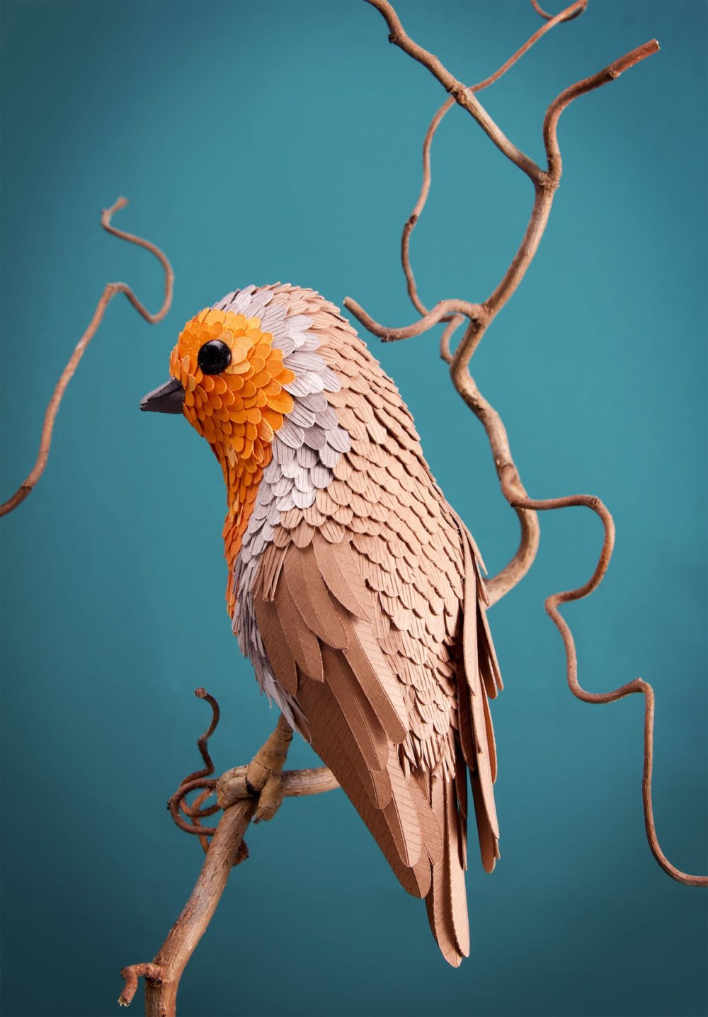 Animal Sculptures Meticulously Made Of Thousands Of Paper Pieces By Lisa Lloyd 4