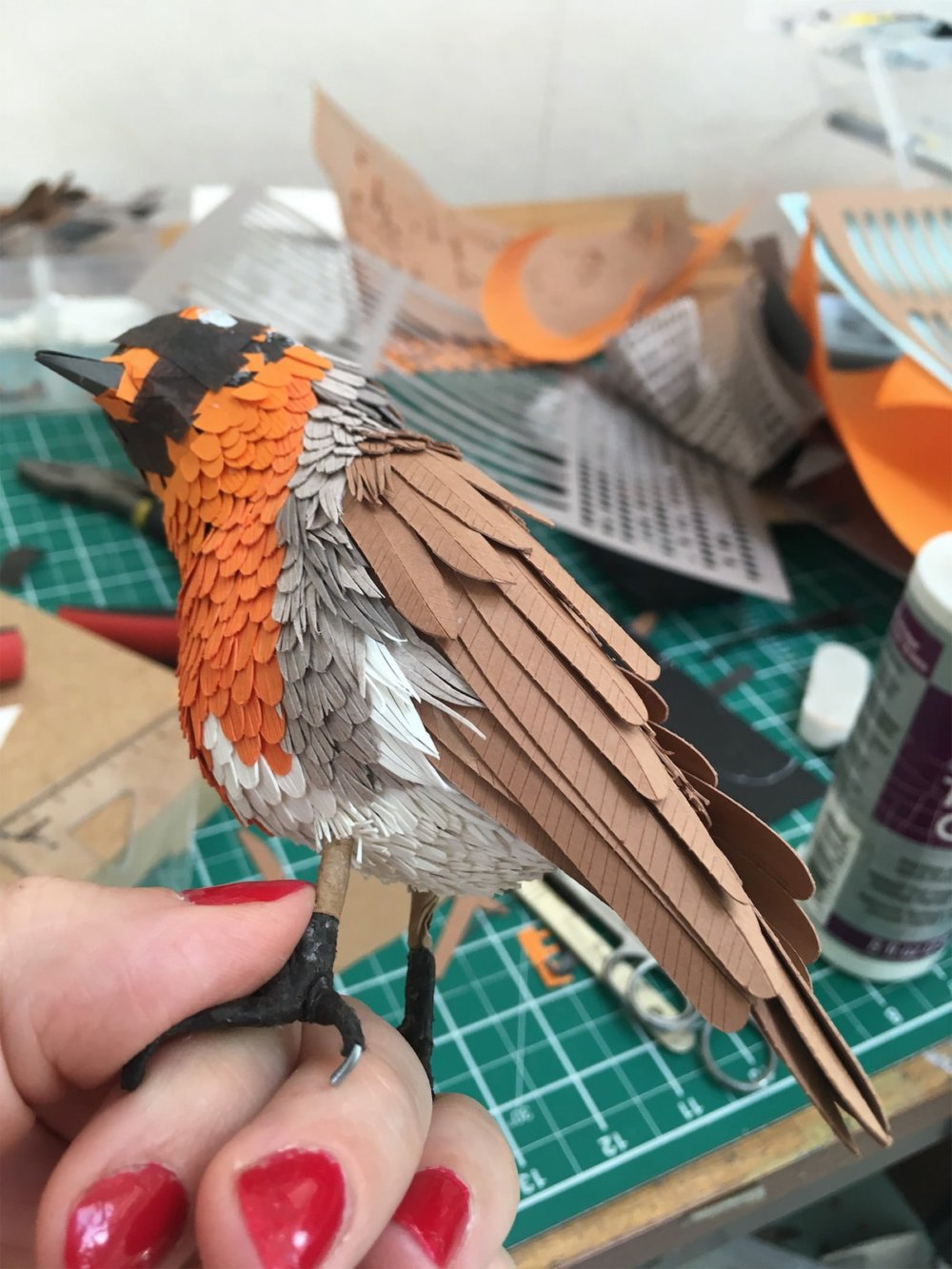 Animal Sculptures Meticulously Made Of Thousands Of Paper Pieces By Lisa Lloyd 7