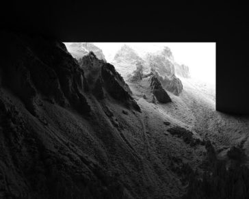 """""""CHIAROSCURO I"""": a mesmerizing black and white landscape photographic series by Thomas Paturet"""