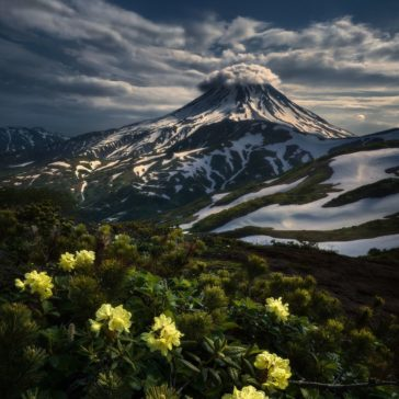 """""""Kamchatka: to the abyss of the Earth"""": magnificent landscape photograph series by Isabella Tabacchi"""