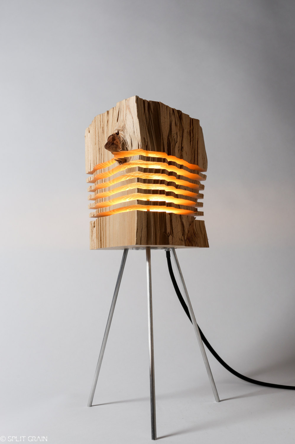 Minimalist And Sculptural Sliced Wood Lamps By Split Grain 3