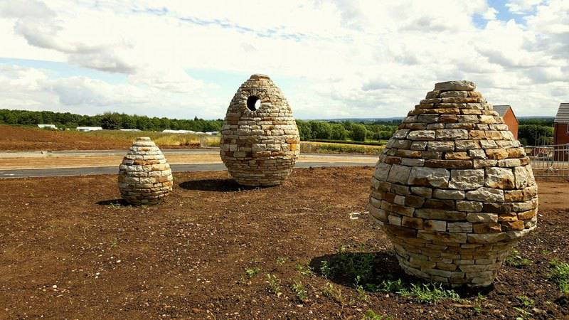 Piles Of Bricks And Stones Turned Into Fantastic Works Of Art By Johnny Clasper 7