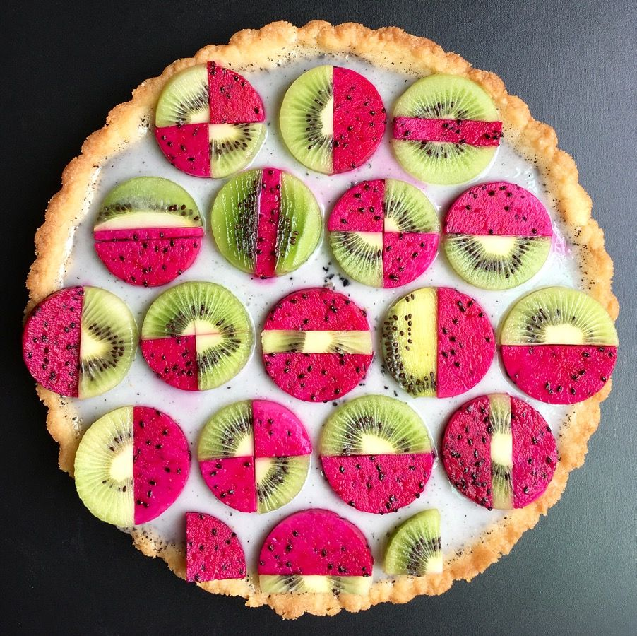 Wonderful Pies And Tarts Decorated With Geometric And Colorful Details By Lauren Ko 3