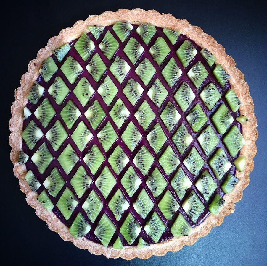 Wonderful Pies And Tarts Decorated With Geometric And Colorful Details By Lauren Ko 6