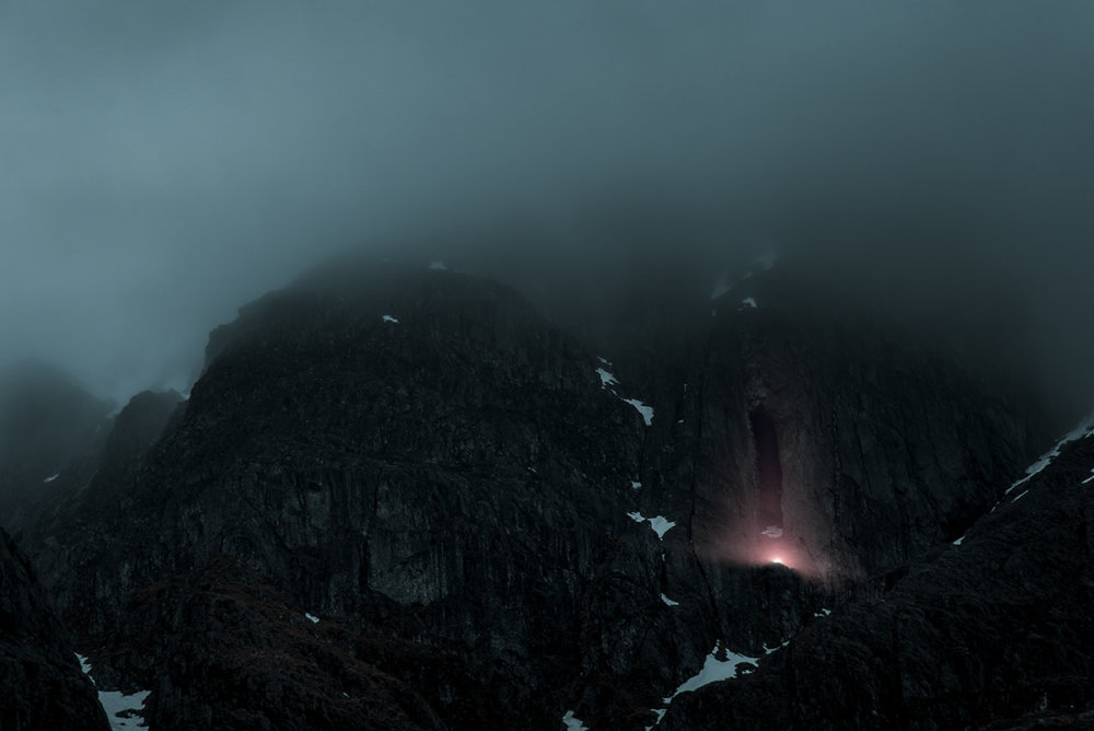Luminous Signals Stunning Foggy Landscape Photographs By Jan Erik Waider 9