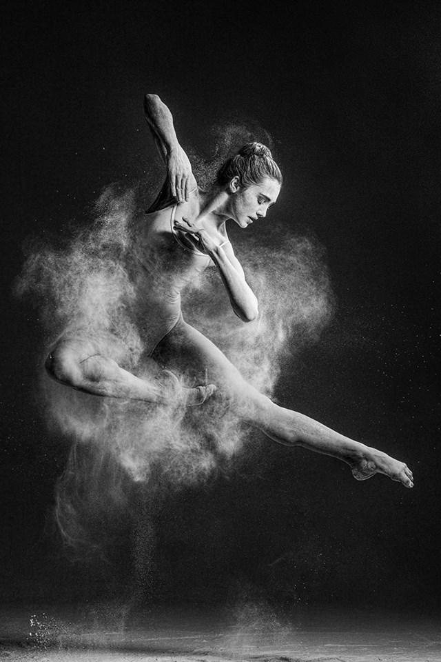 The Explosive Dance Portraits Of Alexander Yakovlev 9